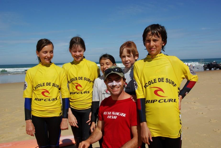 http://www.ecole-surf-camp-landes.com/wp-content/uploads/2014/12/diapo10.jpg